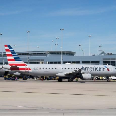 Aeronaves da American Airlines no aeroporto de Las Vegas. Foto: Rhona Wise/AFP