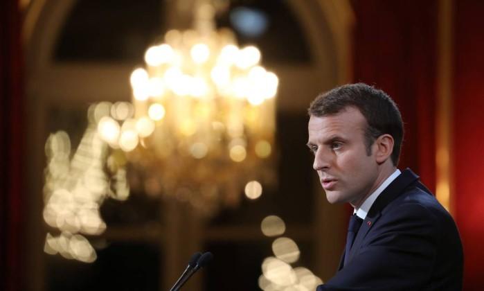 Macron quer endurecer controle contra 'fake news' em eleições