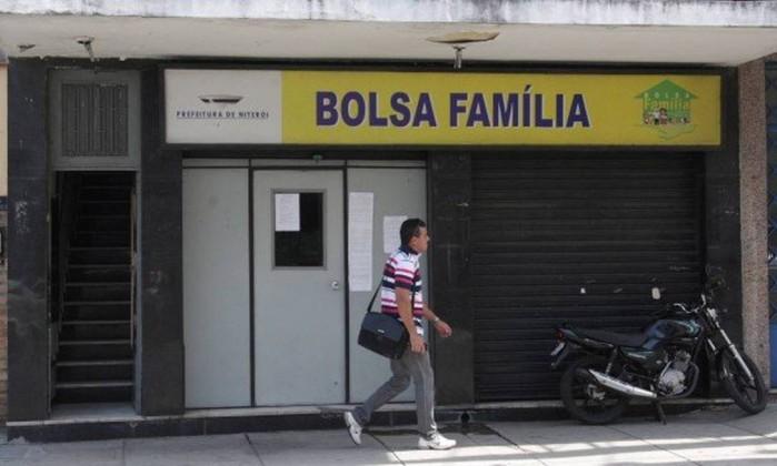 Prefeitura de Embu simplifica acesso ao programa Bolsa Família