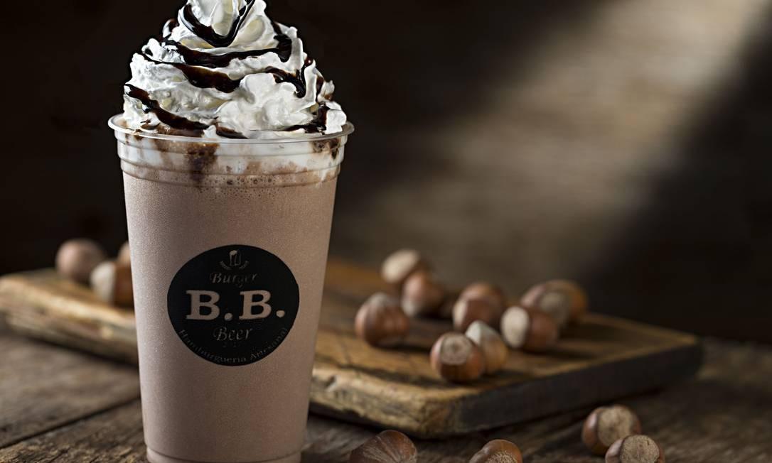 B.B. Burger & Beer. Na loja que acabou de inaugurar no Centro, o shake é de Nutella (R$ 14,90). Menezes Côrtes: Av. Erasmo Braga 278, Centro (3178-3277). Divulgação/Rodrigo Azevedo