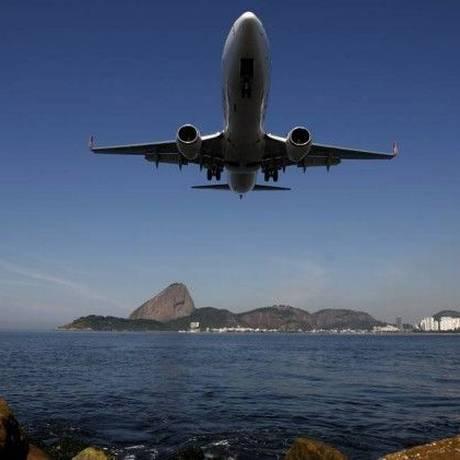 Ponte aérea Rio-São Paulo é a 5ª rota mais movimentada do mundo. Saindo do Santos Dumont e chegando em Congonhas é também uma das mais belas Foto: Custódio Coimbra