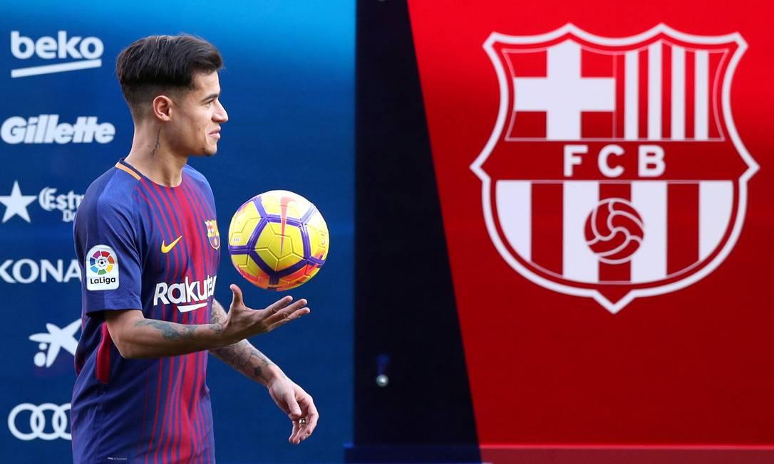 Philippe Coutinho foi apresentado pelo Barcelona nesta segunda-feira Foto: ALBERT GEA / REUTERS