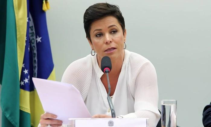 Posse da deputada Cristiane Brasil no Ministério do Trabalho é suspensa