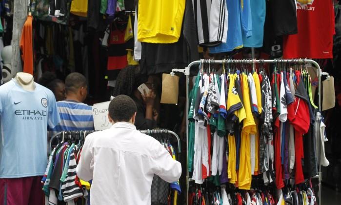 Black friday impulsiona vendas e comércio cresce em novembro, diz IBGE
