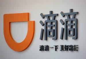 Logomarca do Didi Chuxing no escritório em Pequim. Foto: Kim Kyung-Hoon/Reuters