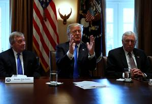 Trump durante o encontro que discutiu políticas migratórias. Foto: JONATHAN ERNST / REUTERS
