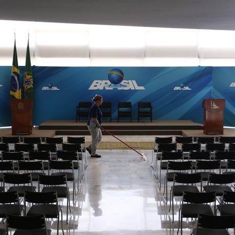 Salão Nobre do Palácio do Planalto chegou a ser preparado para a posse de Cristiane Brasil Foto: Ailton de Freitas / Agência O Globo