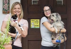Simone Johann e Diana Mantovani criaram a Pet Sitter Rio Foto: Ana Branco / Agência O Globo