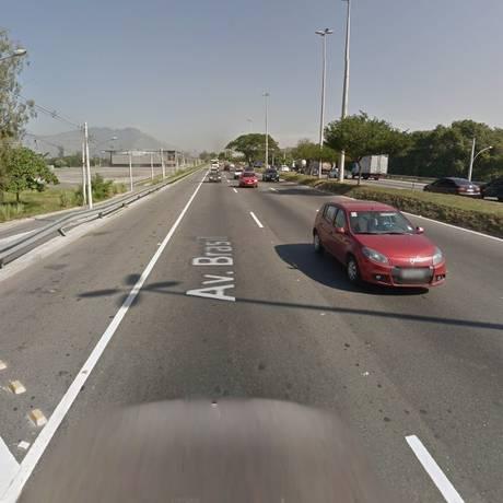 A Avenida Brasil, na altura de Deodoro Foto: Google Street View / Reprodução