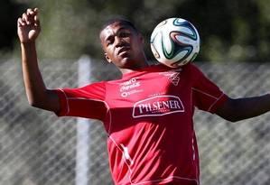 Erazo disputou a Copa de 2014 pela seleção do Equador Foto: AP