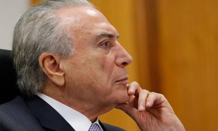 Após coletiva sobre rebaixamento, Temer chama Meirelles — S&P