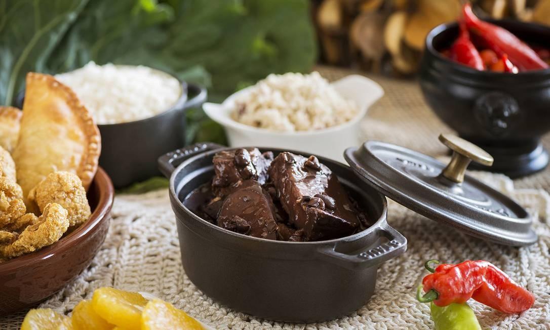 No restaurante Galani, do Sofitel, também tem feijoada, servida aos sábados, das 13h às 16h, que inclui: batidas alcoólicas, bufê frio e quente, entradas e sobremesas, além de música ao vivo. R$ 120 + 10%. Av. Vieira Souto 460, Ipanema (2525-2525). Foto: Taru Juurikko / Divulgação/Taru Juurikko