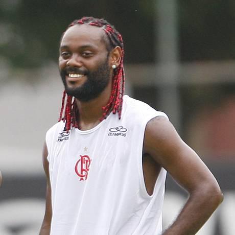 Vágner Love durante sua passagem pelo Flamengo em 2010 Foto: Jorge William