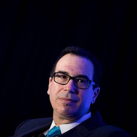 Secretário de Tesouro dos EUA, Steven Mnuchin, alerta para cuidados com bitcoins. Foto: Brendan Smialowski/AFP