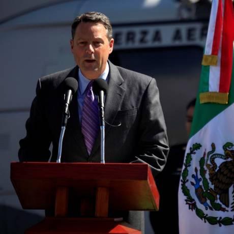 Em 2010, diplomata americano John Feeley faz discurso no México Foto: ELIANA APONTE / REUTERS