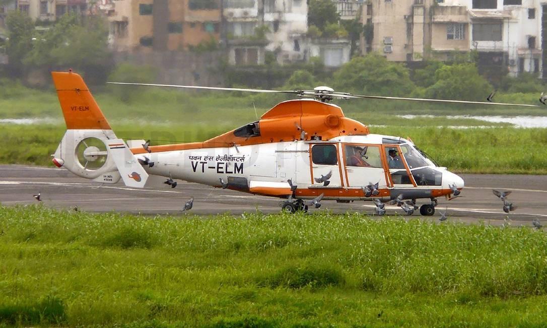 Quatro pessoas morrem em queda de helicóptero na Índia