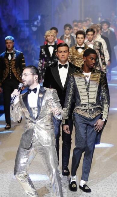 Paulo Dybala na fila final do show Antonio Calanni / AP