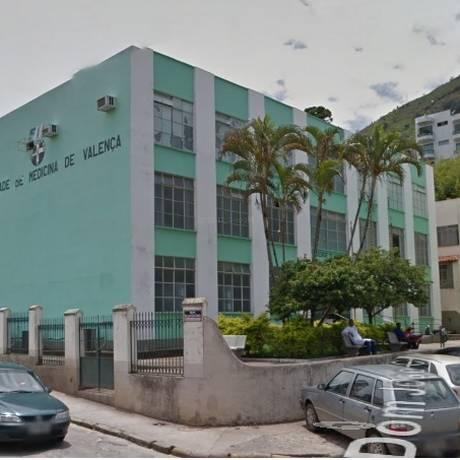 Duas pessoas com suspeita da doença estão internadas no Hospital Universitária de Valença Foto: Reprodução / Google Street View