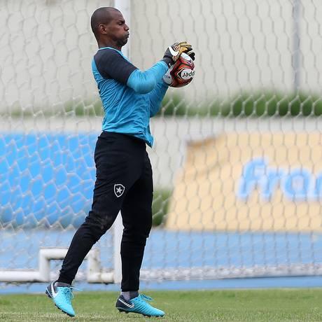 Jefferson durante o treino do Botafogo neste sábado Foto: Vitor Silva/SSPress/Botafogo