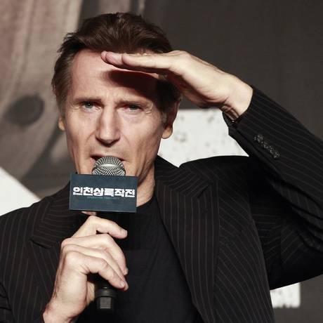 O ator Liam Neeson deu entrevista à televisão pública irlandesa, afirmando que a onda de denúncias que varre a indústria do entretenimento nos EUA é excessiva Foto: Ahn Young-joon / AP