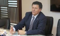 O presidente da Ajufe, Roberto Veloso, durante reunião com funcionários da embaixada dos EUA Foto: Divulgação/26-01-2017