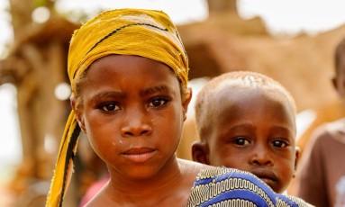 Crianças em situação de pobreza em Gana, na África Foto: Anton Ivanov/Shutterstock / .