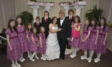 Família posou sorridente para fotos no Facebook Foto: Reprodução/Facebook