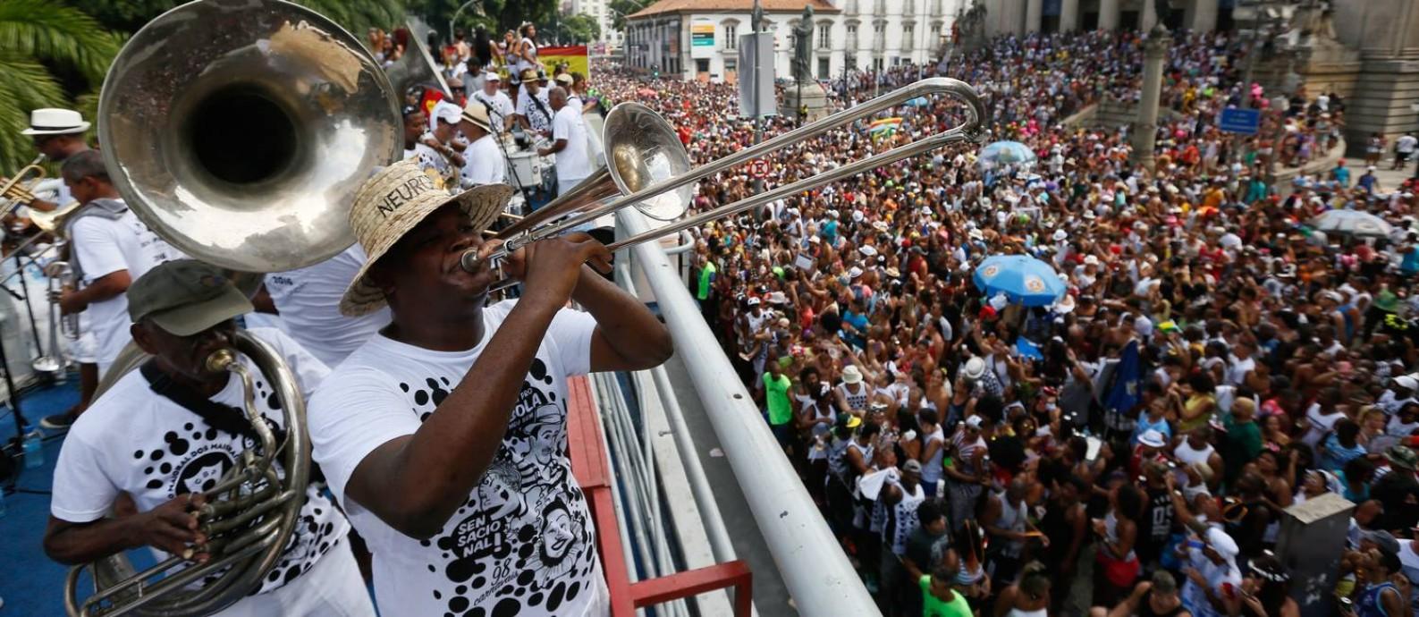 Foliões no Cordão da Bola Preta Foto: Pablo Jacob / Agência O Globo