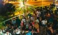 """Festa no terraço. """"Verão nu Roof"""" terá música, dança e obras de artistas locais Foto: Lucas Sá / Divulgação"""