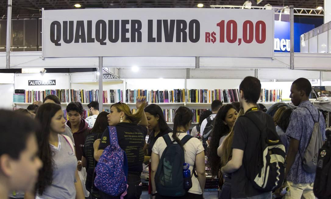 Balanço anual do Painel das Vendas de Livros no Brasil mostra aumento de livros de autores nacionais Foto: Leo Martins / Agência O Globo