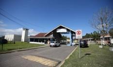 Entrada do Complexo Medico Penal em Pinhais, no Paraná Foto: Geraldo Bubniak / Agência O Globo / 3-5-17