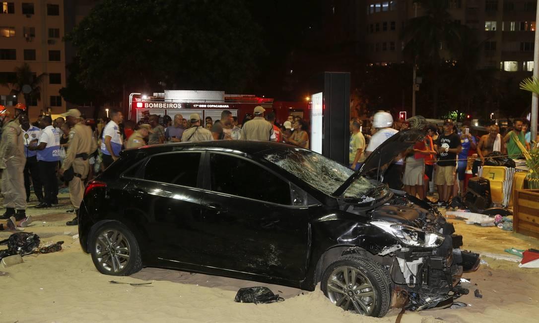 Motorista já foi identificado e está sendo encaminhado para a 12ª DP Foto: Antonio Scorza / Agência O Globo