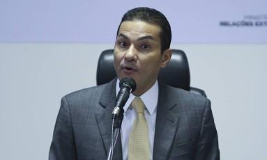 Marcos Pereira, ex-ministro da Indústria, durante pronunciamento Foto: Ailton Freitas/Agência O Globo/08-03-2017