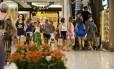 Shoppings funcionam normalmente no feriado de São Sebastião no Rio Foto: Bárbara Lopes / Agência O Globo