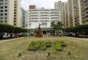 Fachada da Reitoria e do Centro de Artes da UFF: instituição foi beneficiada por mais de R$ 10 milhões em emendas parlamentares Foto: Bárbara Lopes / Agência O Globo