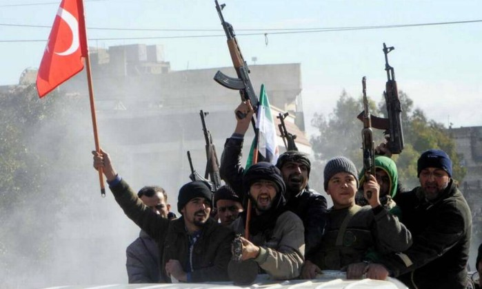 Turquia inicia ataque aéreo em Afrin contra milícias curdas