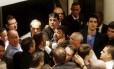 Sócios do Vasco chegam perto de trocar agressões durante eleição do Conselho Deliberativo