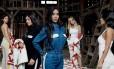 Kim Kardashian, no centro, com Kendall e Kyle Jenner (a partir da esquerda) e Khloé e Kourtney Kardashian, para a Calvin Klein Foto: Divulgação