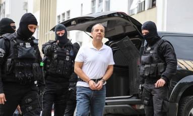 O ex-governador do Rio Sergio Cabral realiza exame corpo delito no IML em Curitiba Foto: Geraldo Bubniak/Agência O Globo/19-01-2018