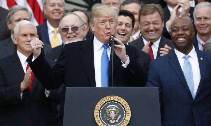 Trump culpa democratas por paralisação do governo; entenda o que muda