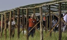 Manifestantes pró-Lula montam acampamento em Porto Alegre Foto: Omar de Oliveira/Fotoarena