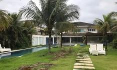 A casa de Cabral e Adriana Ancelmo em Mangaratiba: abandono Foto: Reproduçãp / Bog Lauro Jardim