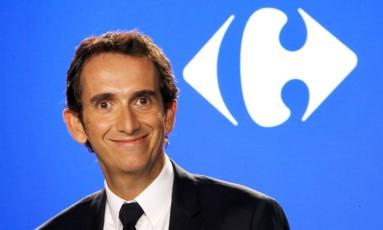 CEO da Carrefour Alexandre Bompard anunciou os novos planos da empresa em Paris, França, nesta terça-feira . (AP Photo/Michel Euler) Foto: Michel Euler / AP
