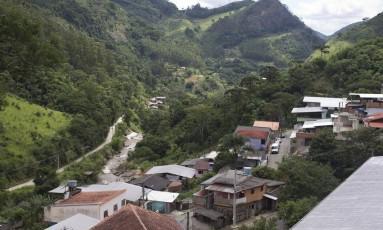 Marlon Dutra era motociclista e fazia trilhas em Riograndina, região de mata onde morava Foto: Márcia Foletto / Agência O Globo