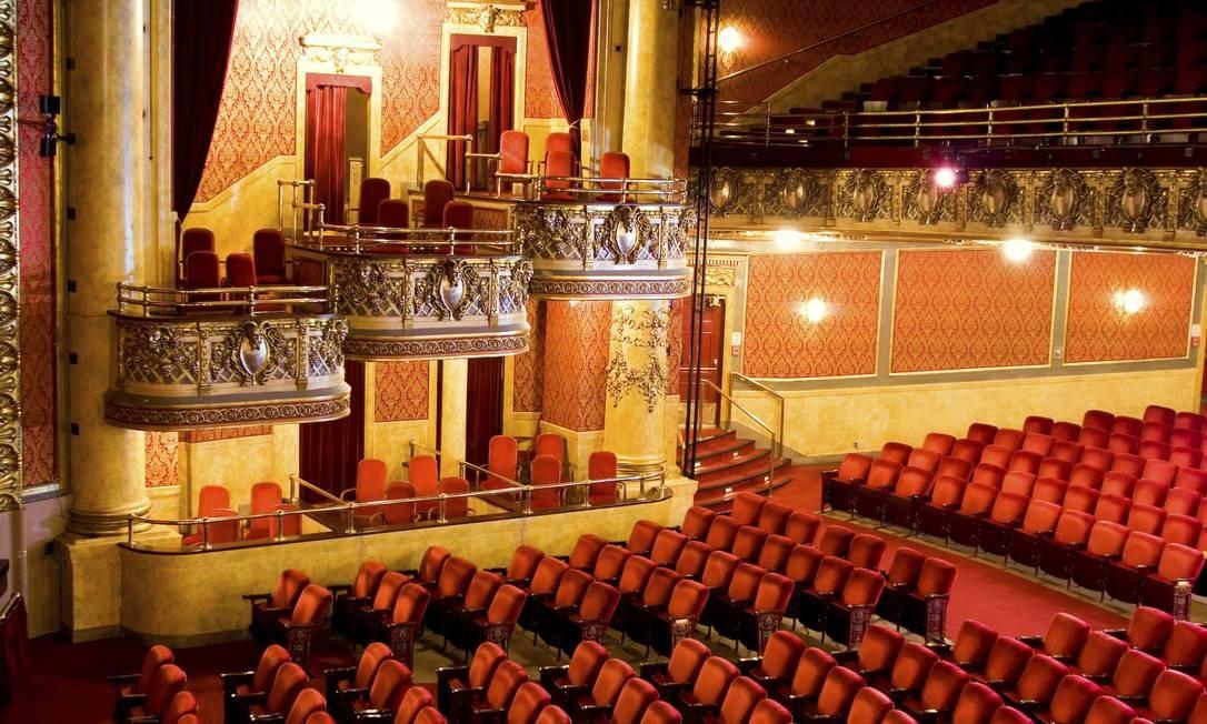 """O interior do histórico Elgin Theatre em Toronto, no Canadá, onde as cenas do filme """"A forma da água"""" foram filmadas. Escrito (em parceria com Vanessa Taylor) e dirigido por Guillermo del Toro, a película é estrelada por Sally Hawkins, Michael Shannon, Richard Jenkins e Octavia Spencer Foto: Ryan Raz / AP"""