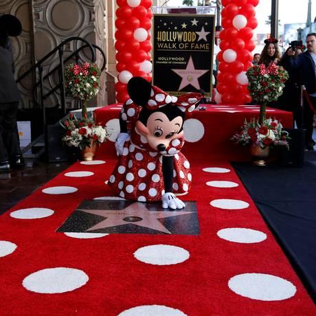 Minnie Mouse mostra sua estrela na Calçada da Fama de Hollywood Foto: MARIO ANZUONI / REUTERS
