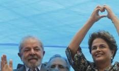 Lula participa de ato junto com Dilma em Porto Alegre Foto: Domingos Peixoto
