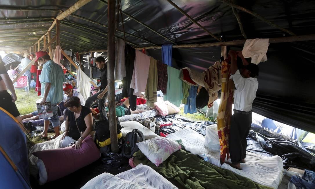 Em acordo, os movimentos que defendem a absolvição do ex-presidente conseguiram o Anfiteatro do Pôr do Sol para montar o acampamento Foto: Domingos Peixoto / Agência O Globo