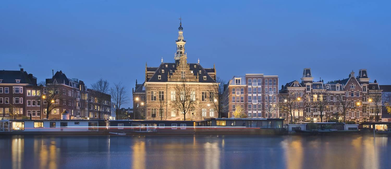 O Pestana Amsterdan Riverside, novo hotel de luxo em Amsterdã, ocupa prédio histórico na capital da Holanda Foto: Rene Mens / Divulgação