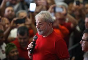 Lula discursa no Sindicato dos Metalurgicos do ABC durante o julgamento Foto: Edilson Dantas / Agência O Globo
